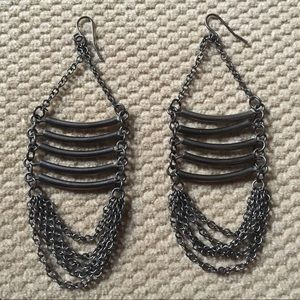 Jewelry - Gunmetal Ladder Earrings
